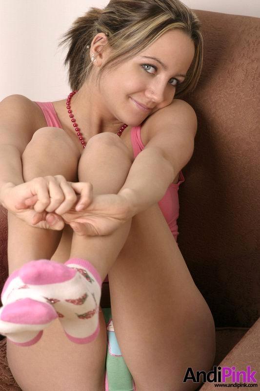andi_pink_socks_feet